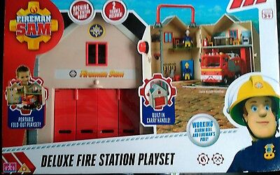 Fireman Sam Deluxe Fire Station Playset with Carry Handle 13 Pieces*damaged box*