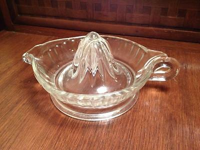 Scalloped edge Federal glass  Grapefruit juice reamer