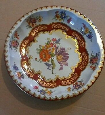 DAHER DECORATED WARE - WHITE FLORAL TIN PLATE / BOWL (1971) (Free P+P)