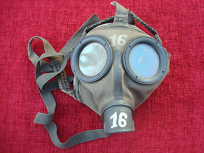 Ww2 German M30 Military Gasmask 1942 Excellent Condition