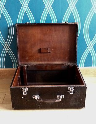 VINTAGE 1930s WOOD LEATHER CASE BOX TRUNK CHEST OLD SINGER SEWING MACHINE