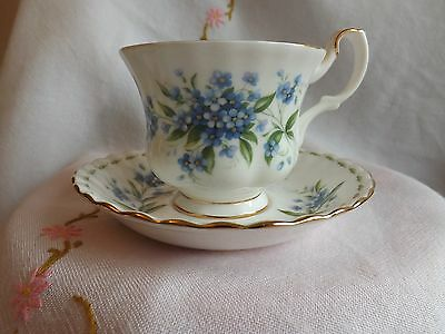 """Beautiful Vintage Royal Albert Flower Of The Month """"july"""" Tea Cup And Saucer"""