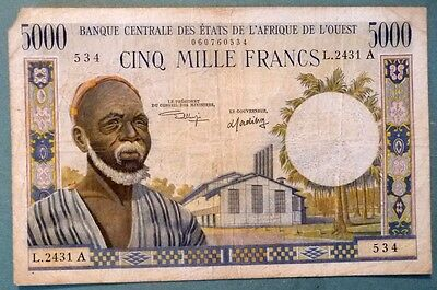 WEST AFRICAN STATES - IVORY COAST 5000 FRANCS NOTE. LETTER A , P 104A i,1961 .