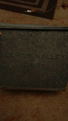 vintage Lehigh Valley dairy milk bottle box PA porch container