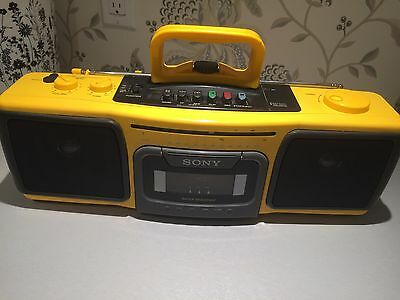 Sony CFS-920 Stereo Cassette-Corder AM FM Sport Yellow Portable Boombox Working