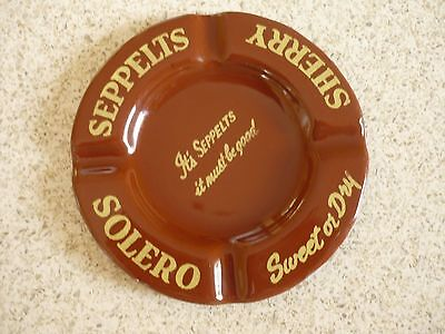 Seppelts Ashtrays Solero Sherry and Royal Purple Para Port