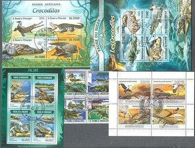 Crocodiles -25 all different stamp collection-Wild animals