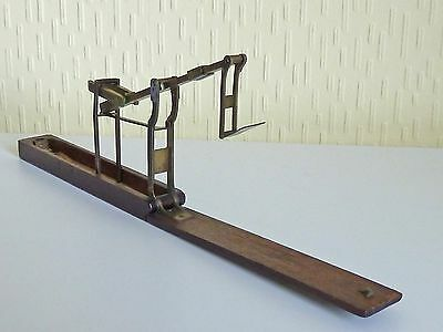 Antique Sovereign Balance Scales - H. Bell & Co Prescot in original Wooden case