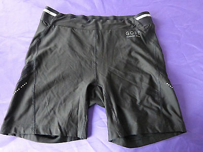 short gore  taille 42 cuissard  air 2.0 lady