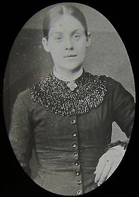 Glass Magic Lantern Slide YOUNG VICTORIAN WOMAN C1890 PHOTO