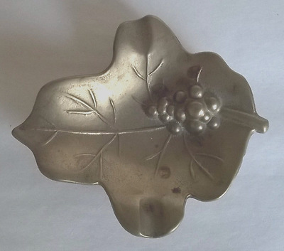 Vintage Brass Leaf-shaped Pin Dish or Ashtray