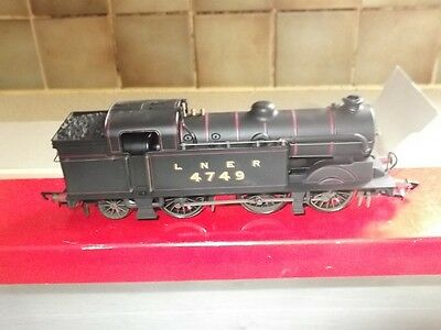 Hornby R2251 Lner 0-6-2T Class N2 Loco Weathered Blck 00Gauge