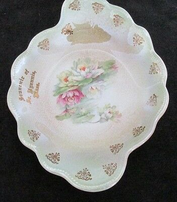 """V Old South Hyannis Mass Souvenir China Plate 8 1/2"""" X 6 1/4"""""""