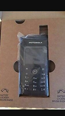 Motorola SL4000 Mototrbro 2 way Radio Walkie Talkie UHF DMR