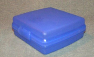 Tupperware Blue Sandwich Keepers #3752 Lunch Container