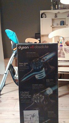 BRAND NEW SEALED Dyson V8 Absolute Cordless Vacuum Cleaner (UK) with guarantee
