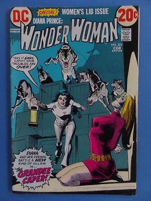Wonder Woman 203 1972  Special Women's Lib Issue! Nice!