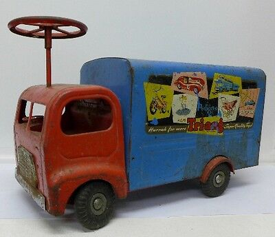 Antique Vintage Tinplate  Triang Large Model Ride On Truck Lorry Van