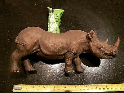 Rhinoceros figure