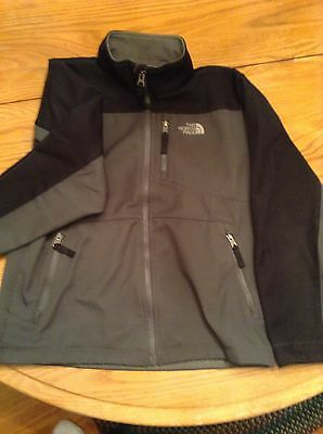 North Face Gently Used Kids Coat Size 10-12(M) Gray And Black