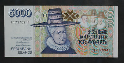 2001 Iceland 5000 Kronur P60 Uncirculated ! -