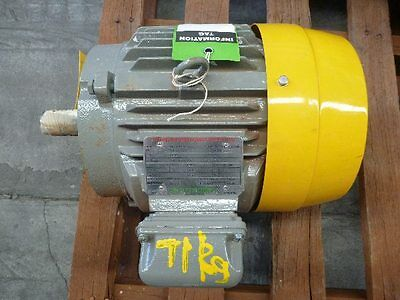 Toshiba 7.5Hp 3 Phase Electric Motor/ 2915Rpm