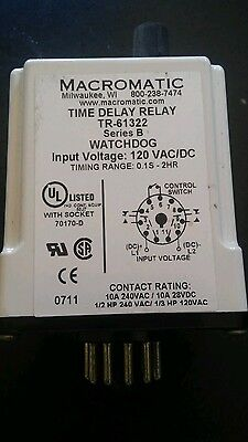 MACROMATIC WATCHDOG Timer Delay Relay Series B TR-61322 with Socket