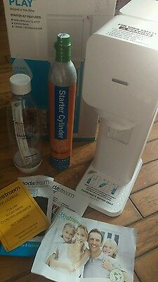 soda stream play white boxed brand new with gas