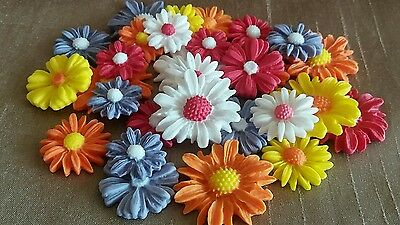 24 Edible Icing Sugar Daisy Flowers Cupcake Topper, Cake Decorations