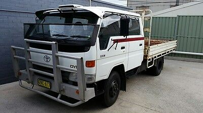 1995 Toyota Dyna 300 Dual Cab Table Top Truck...low Km's..excellent Condition
