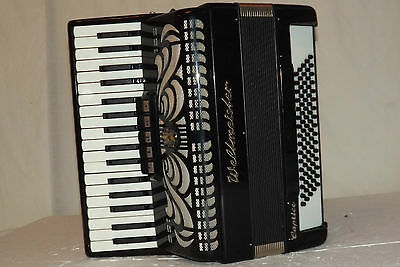 Piano accordion akkordeon  WELTMEISTER CAPRICE 80 bass