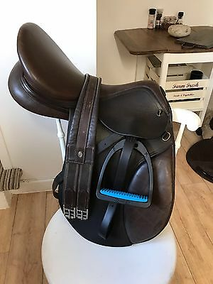 16 Inch GFS brown Leather Saddle Medium