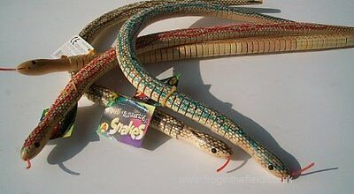 Pocket Money Toys : Slithering Wood Snake