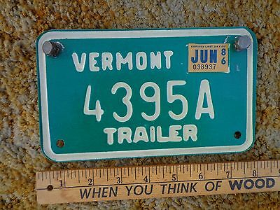 Auto Green Metal Vermont Trailer Plate/tag  Year 1986 Size 4 1/2 X7 1/2 Inches