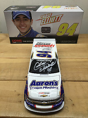 Chase Elliott 2013 Aarons Truck signed(Chase/Bill) Nascar diecast 1/24