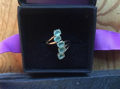 14ct yellow gold boyaca colombian emerald crossover ring size l