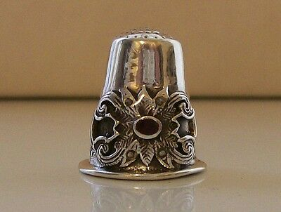 Nice Rare Heavy 925 Silver Thimble Lovely Decor with Red Stone