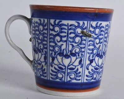 FINE 18th c Worcester blue & white lily royal  COFFEE CAN CUP  antique