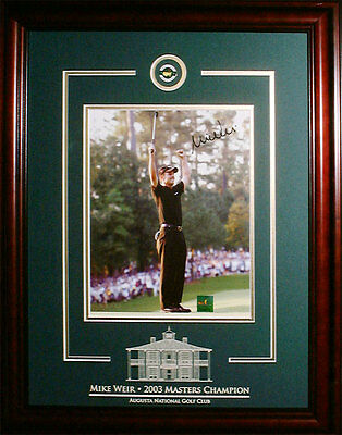 Mike Weir - Signed & Framed 8x10 Etched Mat - Featuring Pin - Golf Arms Raise