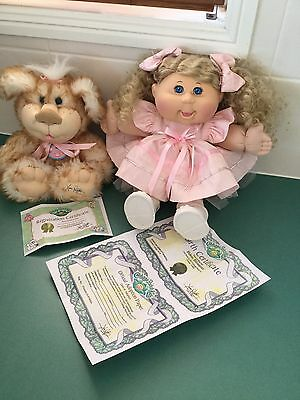 Cabbage Patch Kid Doll Plus C.p.k.pet, Papers.