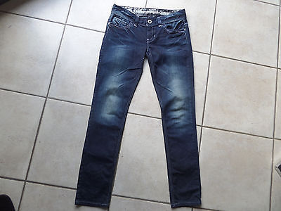 GUESS jean's neuf taille 29 donc 39