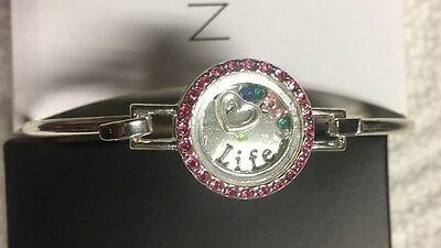 New & Boxed Avon Silver Tone Many Blessings Bangle Bracelet Jewelry Love Life