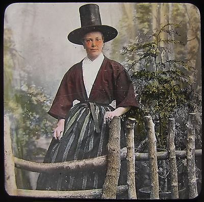 Glass Magic Lantern Slide WELSH WOMAN IN TRADITIONAL DRESS C1890 PHOTO WALES