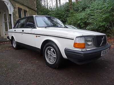 Superb Classic 1989 Volvo 240 Glt Manual - 1 Family Owner - 120.000 - New M.o.t