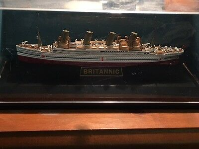 RMS Britannic (hospital ship) die cast model Gilbow 1:1750