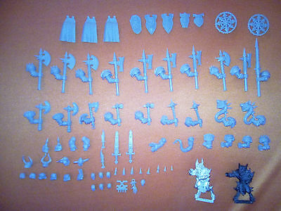 Warriors of Chaos Parts & Bitz + 2 Bloodletters, Warhammer Fantasy