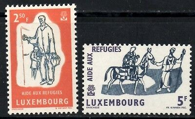(Ref-9780) Luxembourg 1960 World Refugee Year  SG.668/669 Mint (MNH)