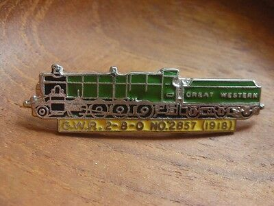 ENGINE GREAT WESTERN GWR 2-8-0 No 2857 (1918) TRAIN ENAMEL RAIL PIN BADGE