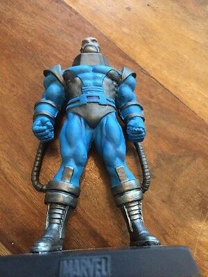 Marvel Classic Figurine Collection: Special Apocalypse Figure. New With Mag!