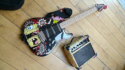 Electric Guitar With amp. Starter Kit, great for children and beginners.